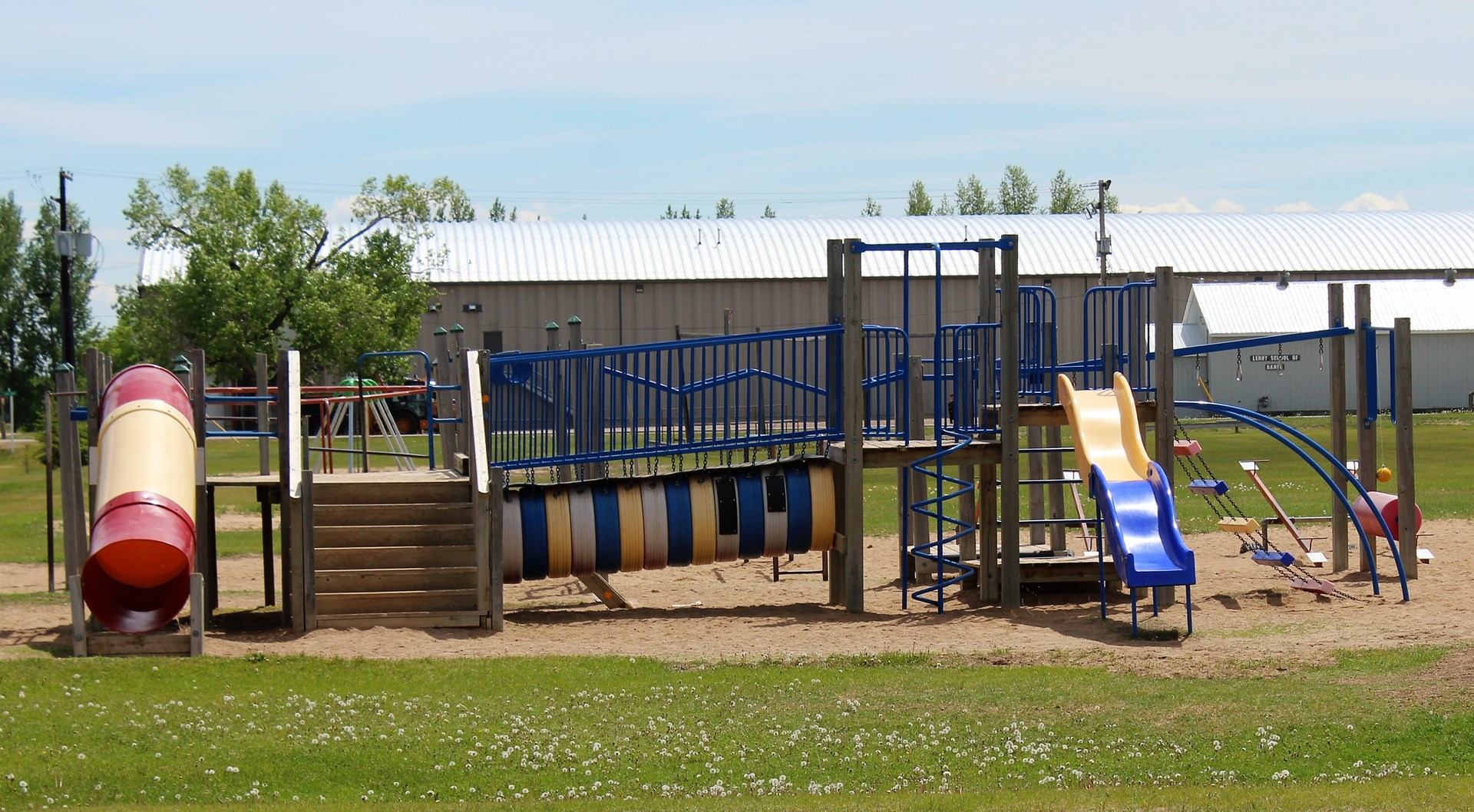 LeRoy School playground.JPG