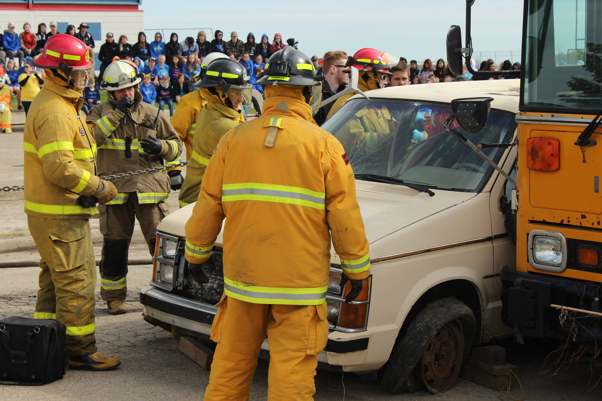 Vehicle extrication demo at Watson School.JPG